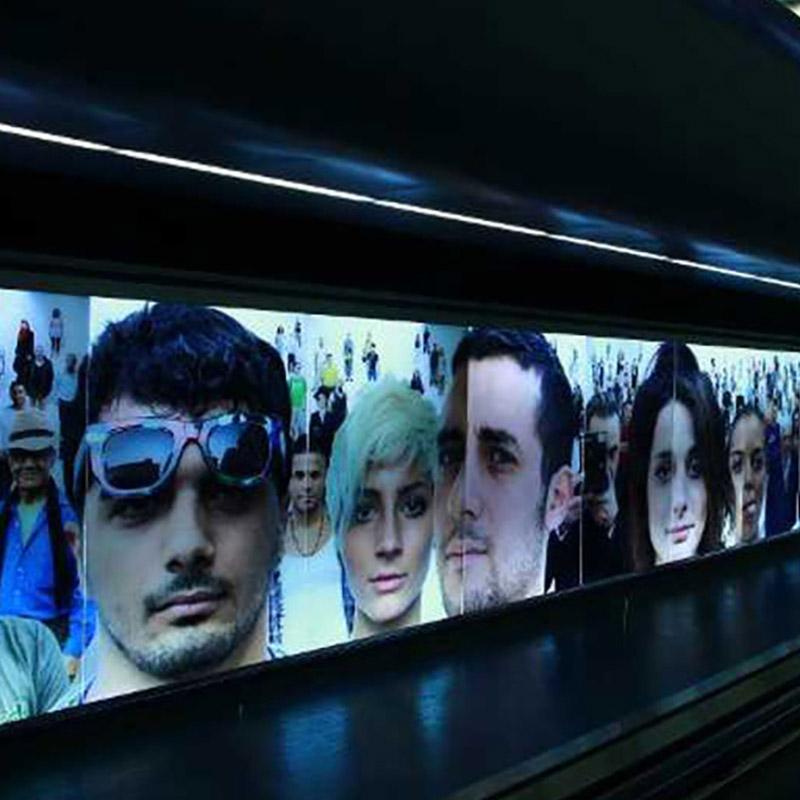 Passeggiando per la Metropolitana di Napoli